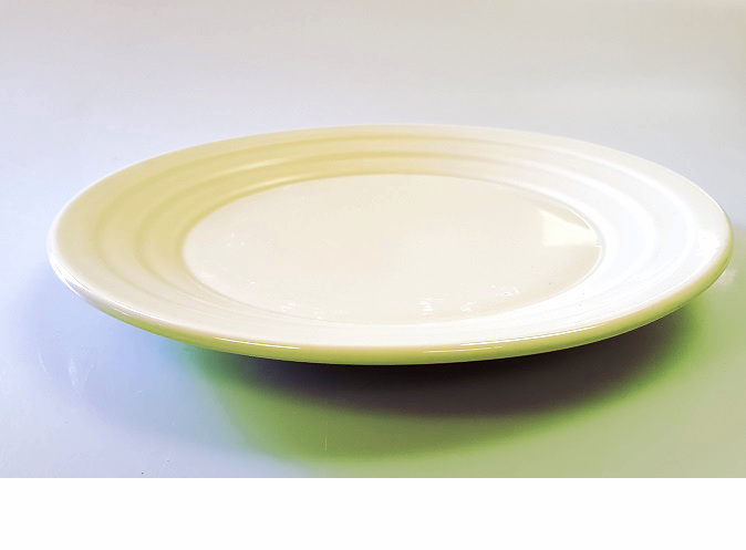 Plate ribbed 22cm light green